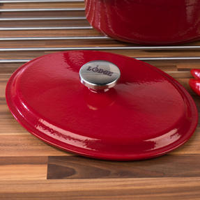 Lodge 1407003 Large Oval Cast Iron Casserole Dish with Lid, 4.7 L, 29 cm, Red Thumbnail 8