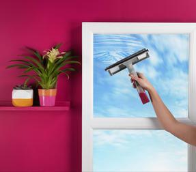 Kleeneze KL062635EU Spray Window Cleaning Wiper, 200 ml, White/Pink Thumbnail 3