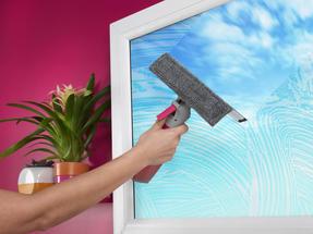 Kleeneze KL062635EU Spray Window Cleaning Wiper, 200 ml, White/Pink Thumbnail 4