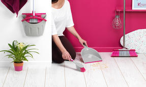 Kleeneze KL062390EU Deluxe Space Saving Dustpan and Brush Set, Grey/Pink Thumbnail 5