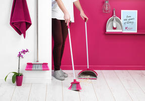Kleeneze KL062390EU Deluxe Space Saving Dustpan and Brush Set, Grey/Pink Thumbnail 6