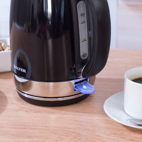Salter Riga Kettle with 3 kW power, 1.7 L, Black Thumbnail 6
