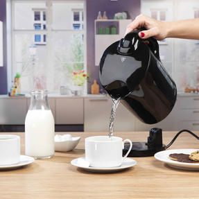 Progress COMBO-4628 1.7 Litre Kettle with Soft Grip Handle and Two-Slice Toaster with Slide-Out Crumb Tray, Black Thumbnail 6