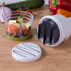 Salter BW03823GRN Fruit and Vegetable Press Chopper with Stainless Steel Blade Thumbnail 10