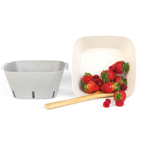 Earth Two-Piece Lightweight Bamboo Fibre Square Colander and Bowl Set Thumbnail 5