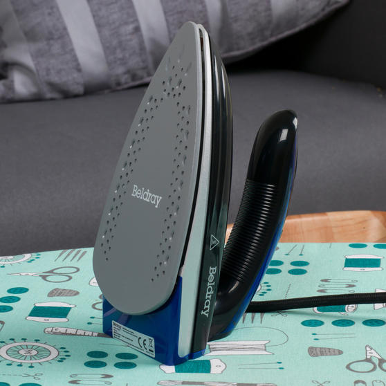 Beldray COMBO-4389 Dual Voltage Travel Iron with Table Top Ironing Board Set Thumbnail 6