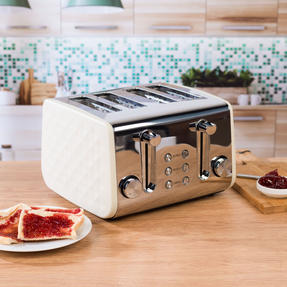 Salter EK3509CREAM 4-Slice Diamond Toaster with Variable Browning, 1850 W, Cream Thumbnail 2
