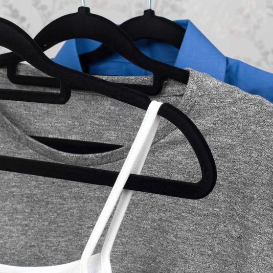 Beldray 10 Pack Premium Velvet Clothes Hangers, Black Thumbnail 5