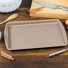 Salter BW07910C Carbon Steel Matte Metallic Non-Stick Rectangular Baking Tray, 38 cm, Champagne Thumbnail 4