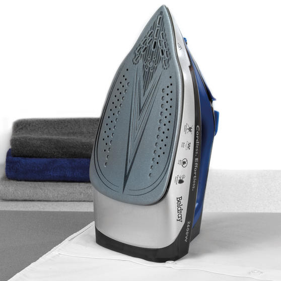 Beldray 2 in 1 Cordless Steam Iron, 300 ml, 2600 W, Blue Thumbnail 3