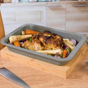 Salter COMBO-4723 Marble Baking and Roasting Set with Chip Tray, Roasting Tray, Baking Tray and Round Pan Thumbnail 5