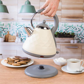 Salter COMBO-3842 Diamond 1.7 Litre Pyramid Kettle with Two Slice Toaster, 3000 W/850 W, Cream Thumbnail 3