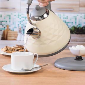Salter COMBO-3843 Diamond 4-Slice Toaster & 1.8 L Pyramid Kettle, Cream Thumbnail 4