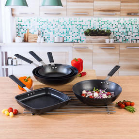 Salter COMBO-5081 Pan for Life Complete Cookware Pan Collection with Fry Pans, Wok and Griddle Pan, 5 Piece Thumbnail 6