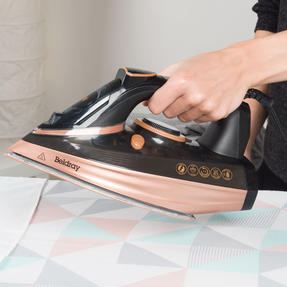 Beldray BEL0820RG Ultra Ceramic Steam Iron with Dual Soleplate Technology, 3100 W, 300 ml, Rose Gold Thumbnail 3