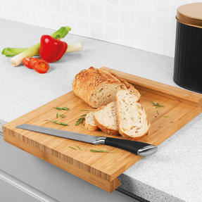 SALTER 38CM BAMBOO CHOP BOARD WITH LIP Thumbnail 2