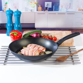 Progress BW08032EU Non-Stick Diamond Frying Pan, 30 cm Thumbnail 2