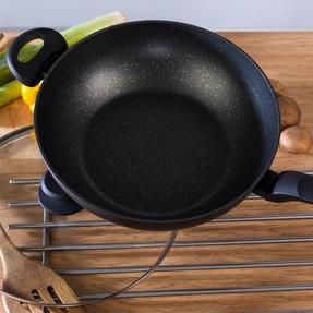Salter BW08657 Marble Gold Non-Stick Wok, Forged Aluminium, 28 cm Thumbnail 5
