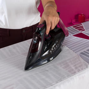 Kleeneze KL0948 Steam Iron, 3000 W, Black Thumbnail 4