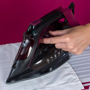 Kleeneze KL0948 Steam Iron, 3000 W, Black Thumbnail 8