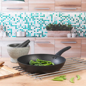 Salter® COMBO-6186 Diamond Tech Gold Edition Non-Stick Stir Fry Pan and Frying Pan Set | 28 cm | 2 Piece | Induction Suitable | Metal Utensil Safe Thumbnail 3