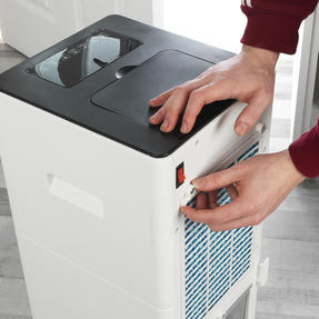 Beldray® EH3187 6 Litre Purifying Portable Air Cooler with 3 Fan Speeds and Ioniser Function, Water Level Indicator & Swing Function Thumbnail 7
