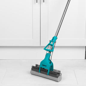 Beldray® LA070678EU Pet Plus+ Slimline PVA Mop & Brush with Telescopic Handle | 90-120 cm | Ideal for Hard Floors Thumbnail 4