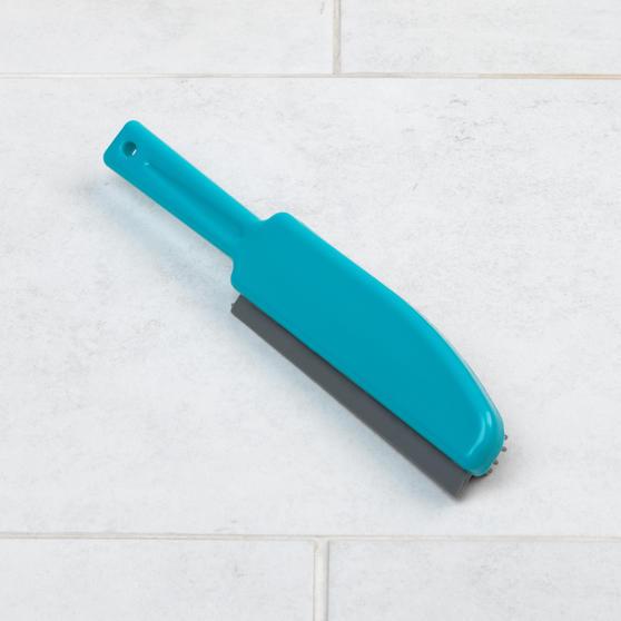Beldray® LA071590EU Pet Plus+ TPR Upholstery Brush | Rubber Bristles Capture Dust and Dirt Thumbnail 6