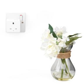 Intempo® EE5012WHTSTKUK Home UK 3- Pin Smart Plug | Easy to Install | White Thumbnail 3