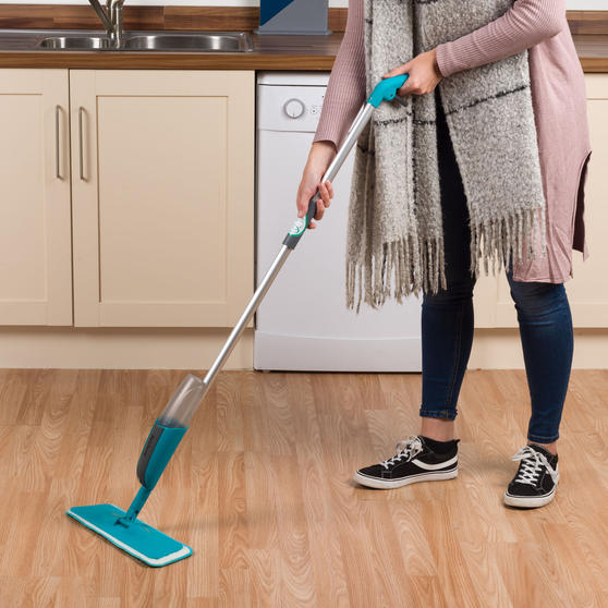 Beldray® LA067050UFEU Classic Spray Mop with Built-in Spray Function and Refill Head | 300 ml|Treated With Anti-Bac Protection | Removes Dust and Dirt Main Image 7