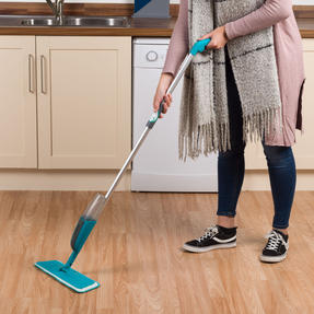 Beldray® LA067050UFEU Classic Spray Mop with Built-in Spray Function and Refill Head | 300 ml|Treated With Anti-Bac Protection | Removes Dust and Dirt With Ease Thumbnail 7