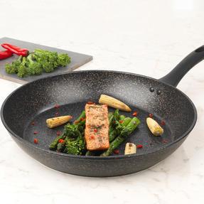 Russell Hobbs Crystaltech Non-Stick Frying Pan | 28 cm | Metal Utensil Safe | Bronze Thumbnail 4