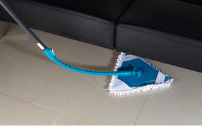 Beldray® LA026378PK10UFEU7 Anti-Bac Triangle Extendable Bending Mop | Treated with Anti-Bac Protection | Extendable Handle | Machine Washable Thumbnail 6