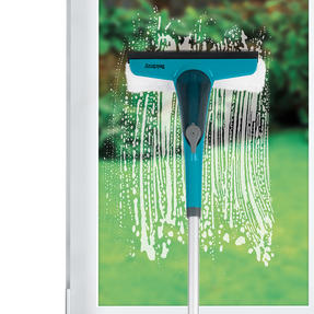 Beldray® LA070230 2 In 1 Spray Window Cleaner | Extendable Handle Upto 128cm| 200ml Capacity | Turquoise Thumbnail 4
