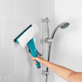 Beldray® LA070230 2 In 1 Spray Window Cleaner | Extendable Handle Upto 128cm| 200ml Capacity | Turquoise Thumbnail 5