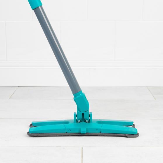 Beldray® LA071477EU7 Pet Plus+ TPR X-Shape Mop and Bucket | Built-In Wring Funct Main Image 7