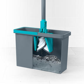 Beldray® LA071477EU7 Pet Plus+ TPR X-Shape Mop and Bucket  Built-In Wring Function | Extends to 132 cm | Suitable for Hard Floors Thumbnail 3