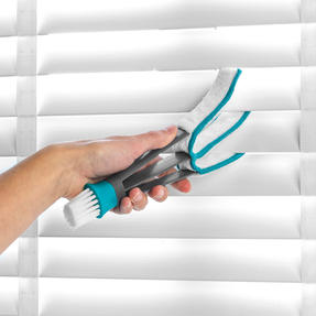 Beldray LA07781EU7 Microfibre 2 In 1 Blind Cleaner with Two Replacement Cleaning Pads| Perfect For Blinds and Shutters | Turquoise/Grey Thumbnail 4
