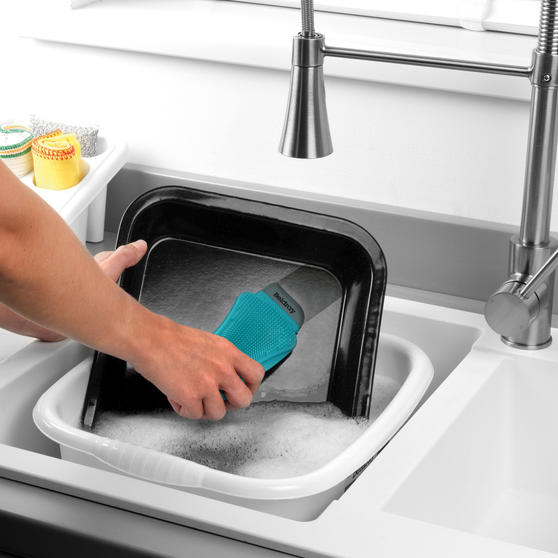 Beldray® Flexible Silicone Cleaning Pad | Compact Design | Suitable for Tableware, Pots and Pans, Glassware and More  Main Image 3