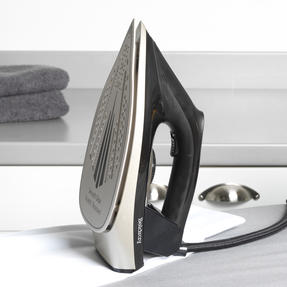 Beldray® BEL01035 Platinum Edition Steam Station Iron | 2600 W | 1.5 L Removable Water Tank | Ceramic Soleplate | Anti-Calc Function Thumbnail 10