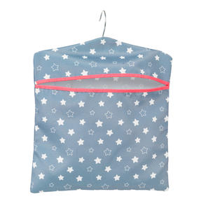 Kleeneze® KL081599EU7 Twinkle & Shine Hang On The Line Peg Bag | Easy Hanging Hook | Holds Up To 50 Pegs | 33 x 30cm | Blue/Pink/White Thumbnail 2