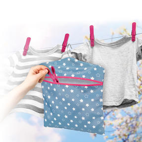 Kleeneze® KL081599EU7 Twinkle & Shine Hang On The Line Peg Bag | Easy Hanging Hook | Holds Up To 50 Pegs | 33 x 30cm | Blue/Pink/White Thumbnail 3