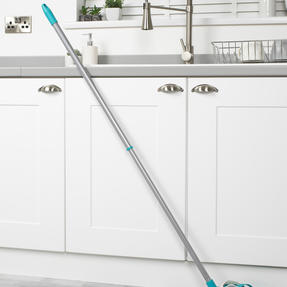 Beldray® LA076571EU7 Triple Action Microfibre Mop with Telescopic Handle | Ideal for Tile, Laminate and Wood Flooring | Non-Scratch Thumbnail 3