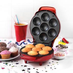 American Originals EK3541AOAR Cupcake Maker for 7 Cupcakes, 1000W, Metallic Red Thumbnail 2