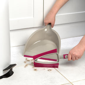Kleeneze® KL081872EU7 Dual Rubber Head Dustpan And Brush with Squeegee Edge, Pink/Grey Thumbnail 4
