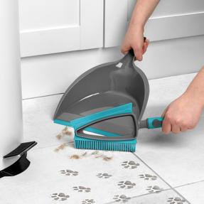 Beldray® LA081278EU7 Pet Plus+ 2 In 1 Lift & Trap Dual Rubber Head Dustpan And Brush with Squeegee Edge, Turquoise/Grey Thumbnail 2