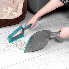 Beldray® LA081278EU7 Pet Plus+ 2 In 1 Lift & Trap Dual Rubber Head Dustpan And Brush with Squeegee Edge, Turquoise/Grey Thumbnail 3
