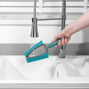Beldray® LA081278EU7 Pet Plus+ 2 In 1 Lift & Trap Dual Rubber Head Dustpan And Brush with Squeegee Edge, Turquoise/Grey Thumbnail 9