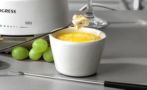 Progress® EK4375P Swiss Fondue Set with 8 Dipping Forks, 1.4 L, and 1200 W Thumbnail 4