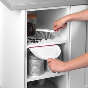 Kleeneze® KL082534UFEU7 Antibacterial Mini Dustpan and Brush Set Thumbnail 5